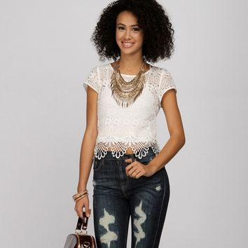 Promo-lace Cutie Crop Top