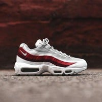 Nike Air Max 95 Essential - White / Red - Beauty Ticks