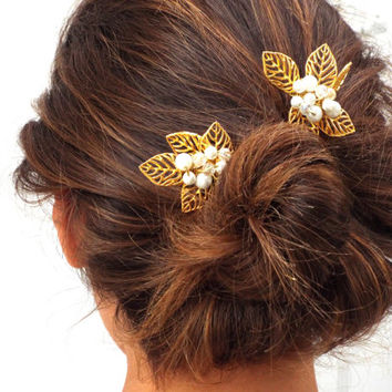 Gold leaf hair pins, Wedding accessories,  Greek Goddess,  White pearls Hair Pins