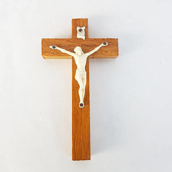 Religious cross Jesus Christ ancient Vintage Shabby cross reliquary wood decoration wall religious Christian Catholic statue