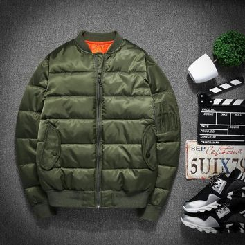 Winter Men baseball Thicken Coats Vintage Army Green Bomber Jacket Male thick Motorcycle coat down padded cotton Parkas 082204