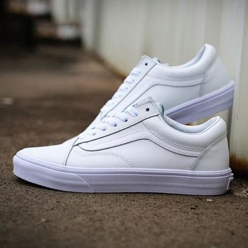 VANS Unisex Classic Leather Old Skool Flats Low Help Sport Shoes Sneakers White I