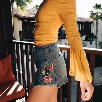 HONEY PUNCH EMBROIDERY SHORTS- BLUE DENIM