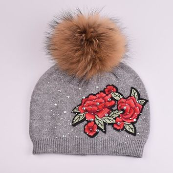 JIANGX003 Winter Women's Floral Patch Embroidery knitted Hats Fluffy Real Raccoon Fur Pom pom Balls Knit Beanies Skullies Caps