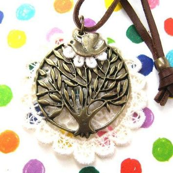 Round Tree Shaped Pendant with Bird Charm Necklace on Lace