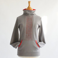 Sweater in grey and red sweatshirt jersey fleece, sporty and arty