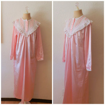 Vintage Lord and Taylor Pink White Long Sleeve Prairie Colonial Modest Nightgown Large