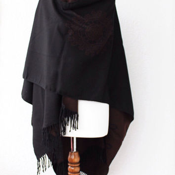 Women ponchos, Poncho, Oversize Scarf, Woman Brown and Black Striped