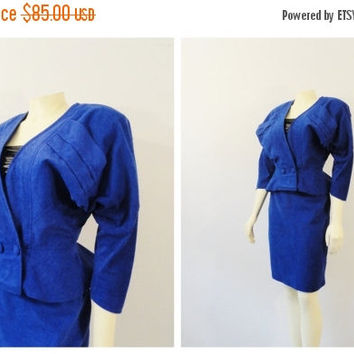Clothing Sale Vintage Suit 80s Jacket & Skirt Outfit Cornflower Blue Faux Suede Snakeskin Embossed Texture Modern Size Medium