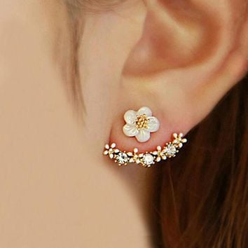 DCCKUNT Chic Womens Small Daisy Flowers Hanging Earrings Best Gift