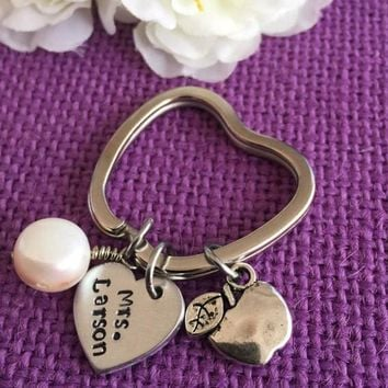 Personalized Teacher Keychain - Teacher Gift - Teacher Appreciation - Custom Teacher Jewelry - Apple Keychain - Teacher Name - Gift