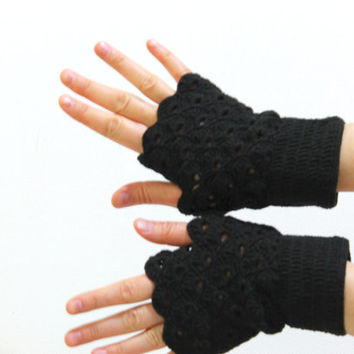 Lace fingerless gloves. / Arm Warmer Glove / Autumn Trends / Hand crochet Fingerles Gloves / Black / Original Desing