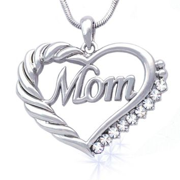 MOM Word Engraved Crystal Heart Necklace w/Gift Box and Card   Sterling Silver