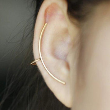ONE PIECE Simple Solid Color Arc-Shaped Women's Ear Cuff