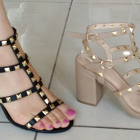 BLACK Studded SHOE SUSIE-20