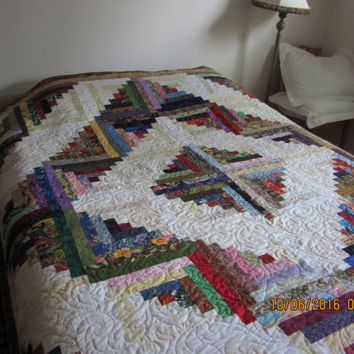Reduced Queen size quilt,Reduced Queen Log cabin quilt,Queen scrappy log cabin,Queen quilt multi-color log cabin