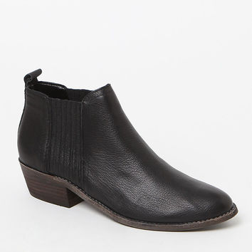 Steve Madden Tallie Ankle Boots at PacSun.com
