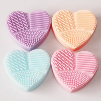 Heart Shape Clean Make up Brushes For Makeup