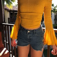 ARDEN OFF SHOULDER TOP- YELLOW