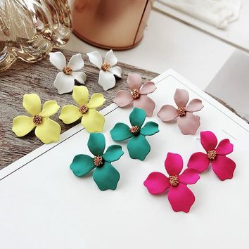 New Fashion Plant Resin Women Hyperbole  Colored Flowers Small Pure  Fresh Temperament Earring Summer Earrings  Jewelry