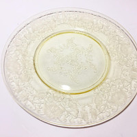 Yellow Depression Glass Plate, Hazel Atlas Florentine Poppy, Florentine 2 Pattern, Yellow Glass Salad Plate