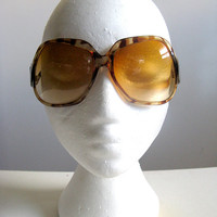 Tiger Stripe Vintage 1970s Sunglasses Brown Acrylic Cognac Lenses