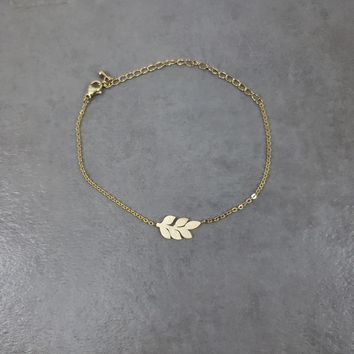 Laurel Wreath Gold Bracelet