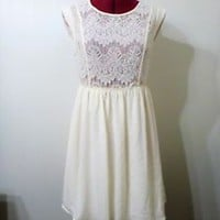 FOREVER 21 contemporary White Lace chiffon dress, new with Tags size M