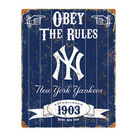 New York Yankees MLB Vintage Metal Sign (11.5in x 14.5in)