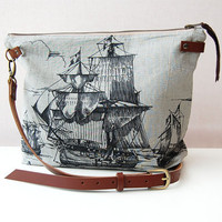 Linen bag with nautical ship print