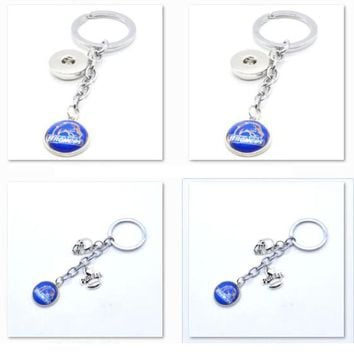 2017 New Football Keychain NCAA Boise State Broncos Charm Key Chain Car Keyring for Women Men Party Birthday Keyrings Gifts