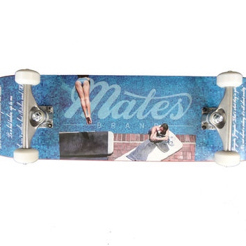 'Life Ain't Nothing' complete skateboard