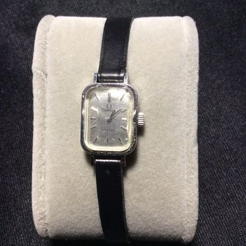 SMALL RECTANGULAR MECHANICAL LADIES WATCH OMEGA stainless wristwatch