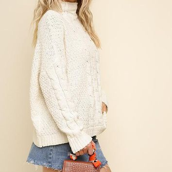 Mock Neck Cable Knit Pullover Sweater - Cream
