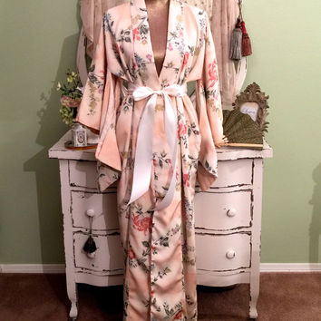 Exquisite!  Vintage Kimono Coat, Wedding Asian Kaftan, 60s Furisode Robe, Elegant Oriental Coat, Japanese Jacket, Authentic Kimono, One Size
