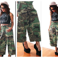 High Waist Camo Pants 90s Grunge W/ Widelegs Rare
