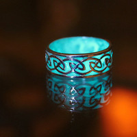 CELTIC sterling silver ring GLOW in the DARK