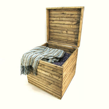 17x17x17 Rustic Wooden Storage Cube   Handmade 17 Inch Large Wood Crate  With Lid   Country