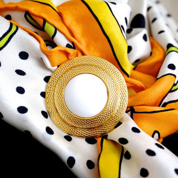 Vintage Scarf Clip,Round Scarf Holder,Vintage Scarf Ring,Gold Tone Scarf Slide with White Cabochon,Scarf Accessories,Retro Scarf Jewelry