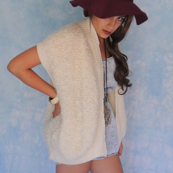 Hand knitted boucle vest / vintage shaggy slouchy chubby oversized natural slubby wool / soft warm cream yarn / gilet waistcoat