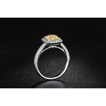 ZOCAI Luxurious 18K White Gold Yellow 0.70 Diamond Cushion Cut Engagement Ring