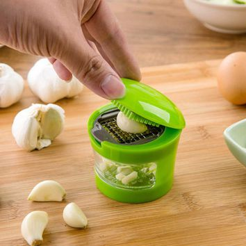New Garlic Grater Mini Portable ABS Stainless Steel Garlic Press Chopper Slicer Hand Presser Grinder Crusher Kitchen Tool
