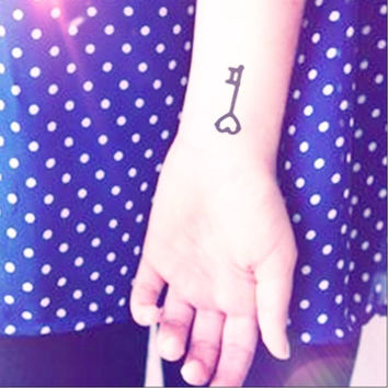 2pcs Lovely Small Heart Shape Key Tattoo - InknArt Temporary Tattoo -  pack tattoo collection quote anchor bird love body sticker wrist