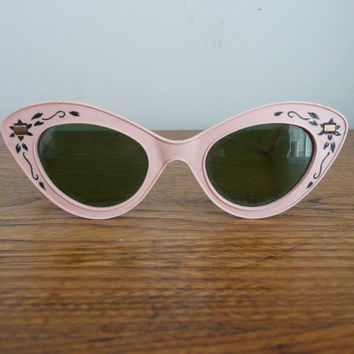 Vintage 1950s Cat Eye Sunglasses 50s Pink Rockabilly Sunglasses