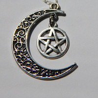 Silver Crescent Moon and Pentagram Necklace, Witchcraft Jewelry, Moon Jewelry, Half Moon Necklace, Gothic jewelry
