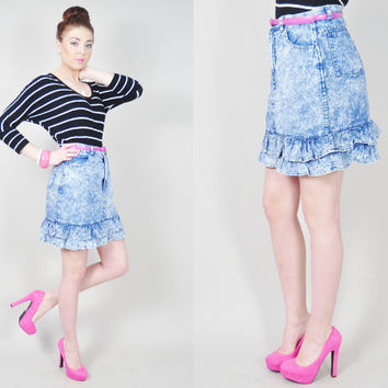 VINTAGE 80s acid wash pastel blue ruffle hem high waist denim jean mini indie harajuku skirt