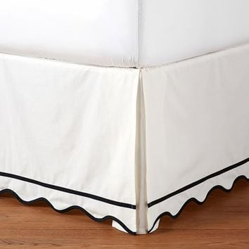 The Emily & Meritt Scallop Bedskirt