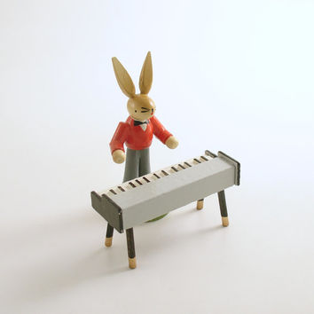 Vintage Easter Rabbit Piano Erzgebirge Germany Wood Figurine Piano Player