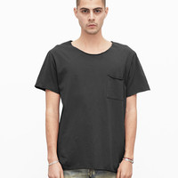 Basic Raw-Cut Short Sleeve Tee in Matte Black