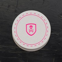 SKULL & CROSS BONES COASTER SET IN HOT PINK BY ANCESSERIE
